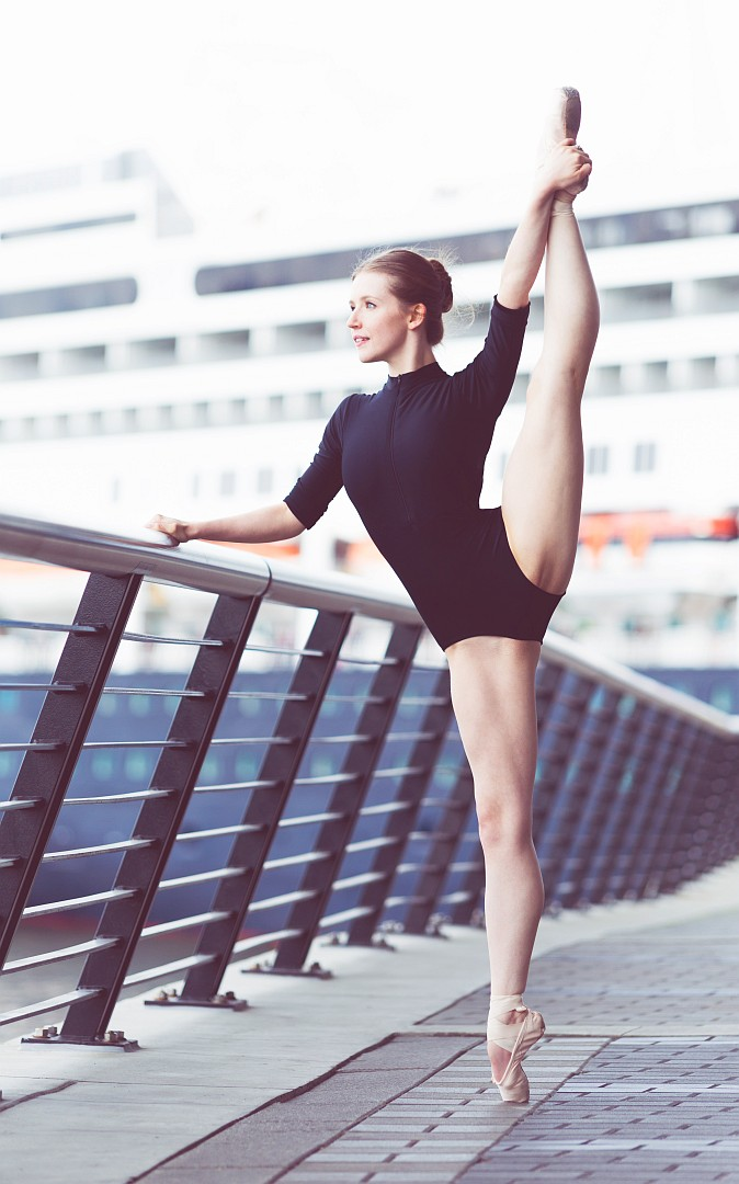 Dancer: Karolynn Asplin (@CoastalCityBallet)<br />
