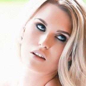 Emily-Victoria